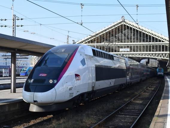 Vivre à Tours et travailler à Paris grâce au TGV