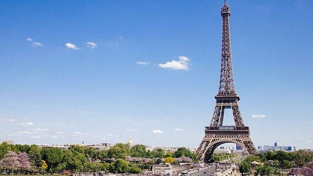 eiffel-tower-768501_640.jpg