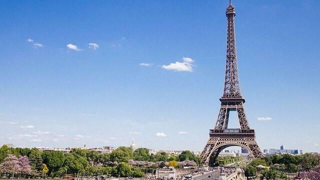 eiffel-tower-768501_640.jpg